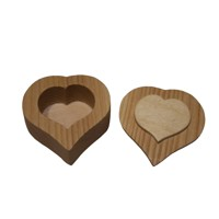 Wooden box heart oiled – ash wood