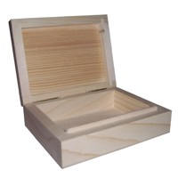 Wooden case for a set of cards