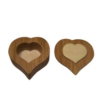 Wooden box heart oiled – oak wood